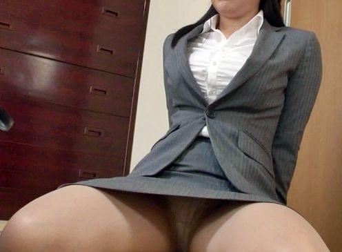 濡れ衣に気付かず散々罵倒した女教師に土下座させてマンコくぱぁを強要しチンポ突っ込む