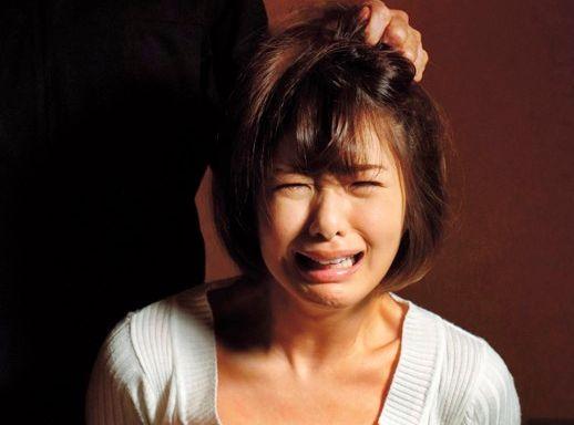 <川上奈々美>「ンギぃぃィ!!」旦那に送られた動画に拉致られて監禁拘束され犯される嫁の姿が・・