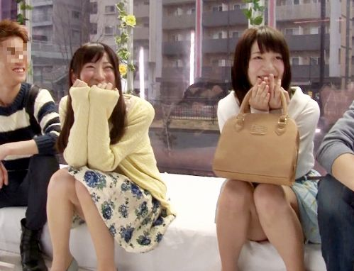 <スワッピング>「えっここでエッチするの?!」MM号に来た大学生グループが友達同士で彼女交換し合って乱交sex!