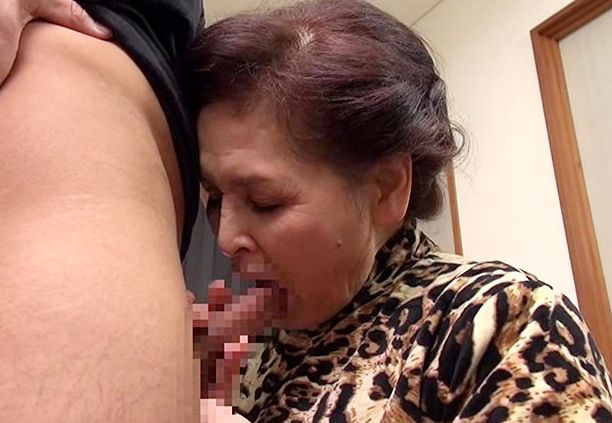 <高齢熟女>70代の古希おばちゃんが初撮り!ベテランのテクで若いチンポを濃厚にしゃぶり倒す