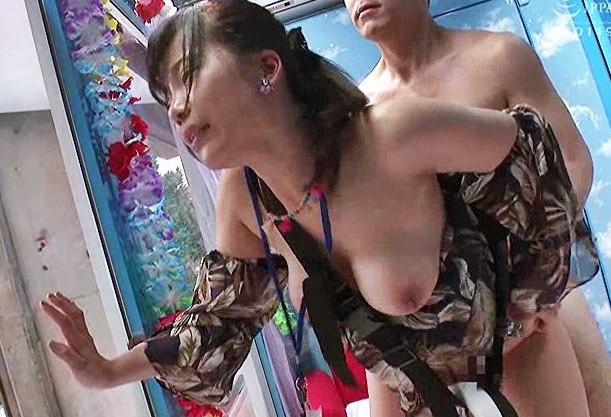 MM号の女スタッフが本番前のリハーサルで男優のチンポを差し込まれ膣内射精される