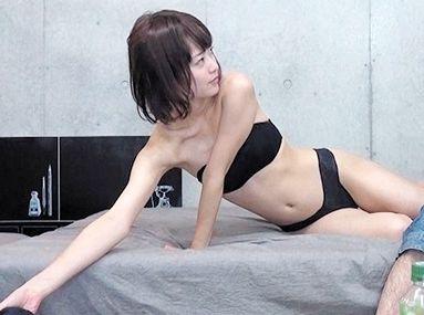 美白で細身のS級美女を軟派連れ込みして股を開くまで口説き倒してセックスに持ちこみ隠し撮り