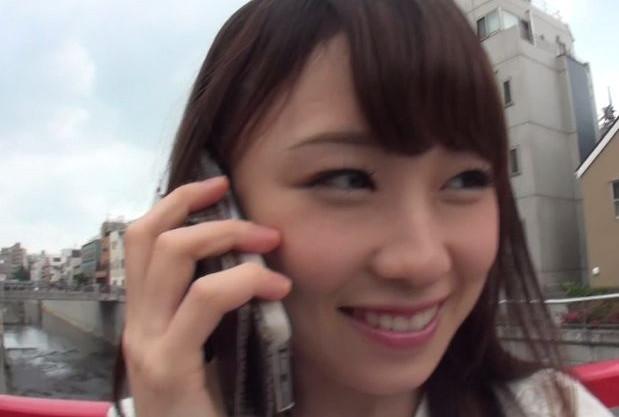 街で声をかけた女子大生が友達を呼んで一緒にエロ企画に挑戦する