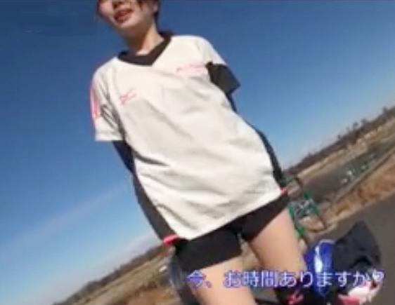 トレーニング中の運動部の女子大生に声をかけてMM号で即ハメ!電マで責めてスポーツマンコにチンポ挿入