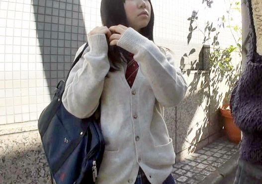 <女子校生ナンパ>学校帰りの制服少女に声をかけてホテルに連れ込み種付けおじさんの孕ませチンポで中出し淫行