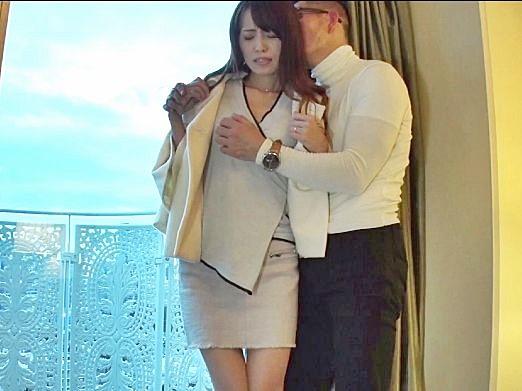 あ..だめよ..夫がいる綺麗な熟女をホテルに誘ってM女に調教責め!快楽に逆らえず不貞行為に身を責めるおばさん