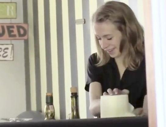 <外人中出し>LAのバーでスレンダー金髪白人お姉さんを店内ナンパ!即ハメして膣内射精で種付けsex