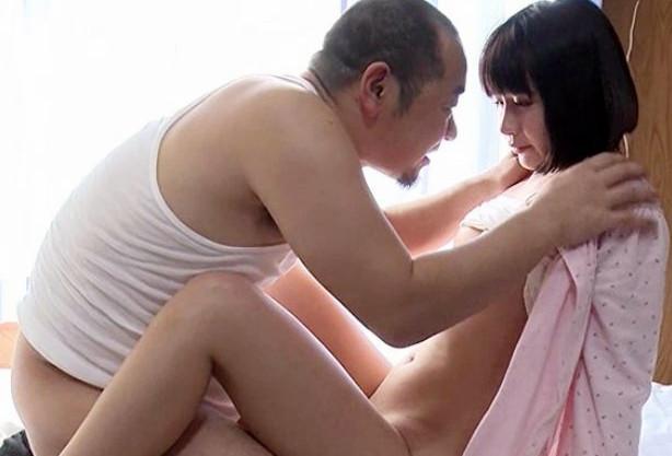 お父さんやめて...娘に欲情した変態義父が寝込む娘を力づくで犯す